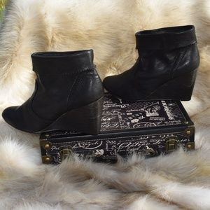 MNG Mango Ankle Leather Wood Wedge Booties Sz 41